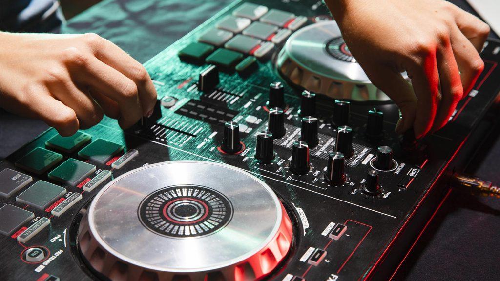 Bar Catering & DJ